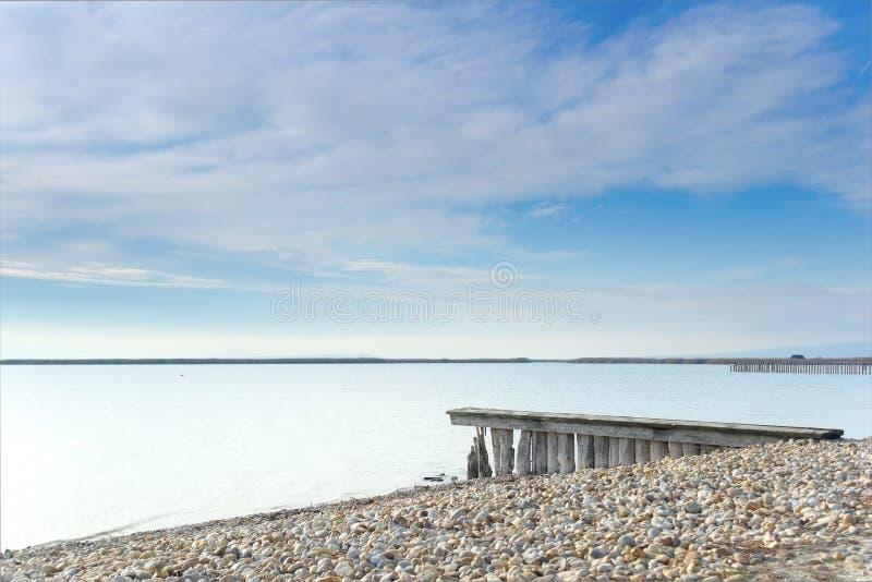Stranden av sjön Neusiedl royaltyfria bilder