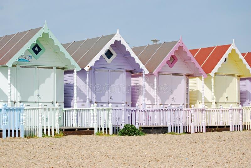stranden förlägga i barack nätt arkivfoto