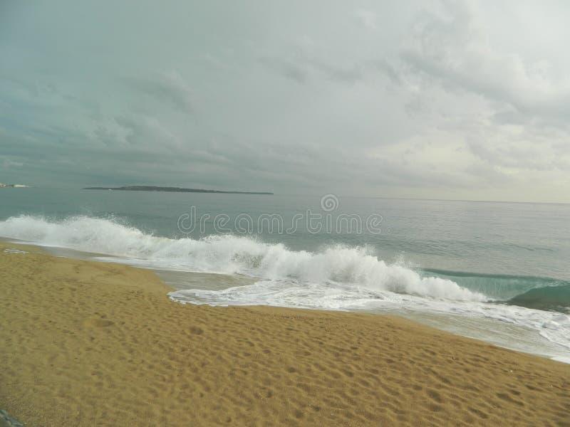 Stranden från den sydliga delen av Frankrike runt om Nice royaltyfri fotografi