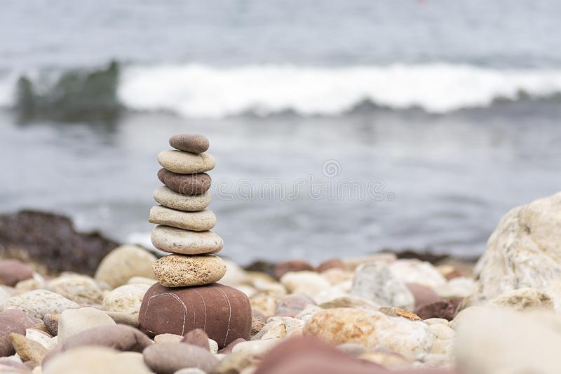 stranden stenar zen fotografering för bildbyråer