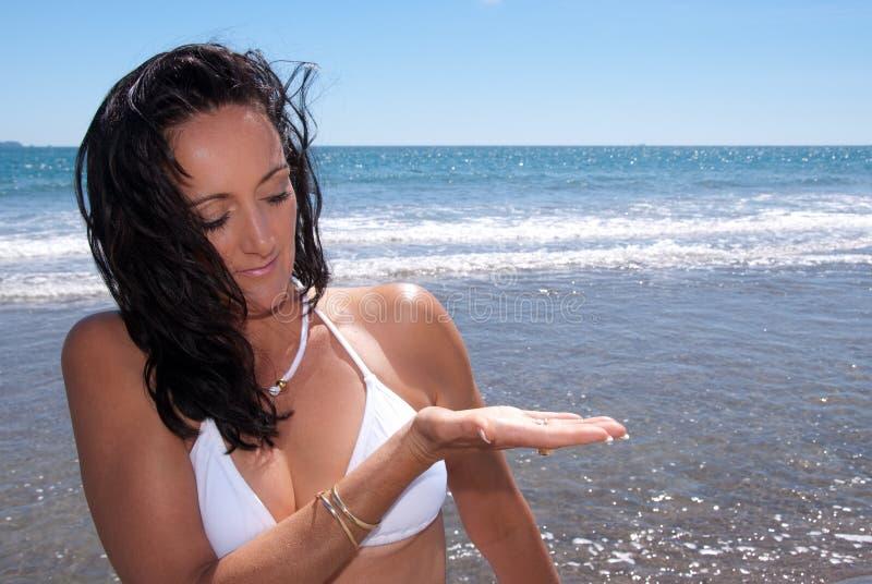 Strandfrau stockbild