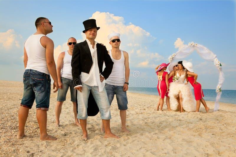 Strandhochzeit stockbild