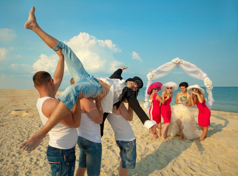 Strandhochzeit lizenzfreie stockfotografie