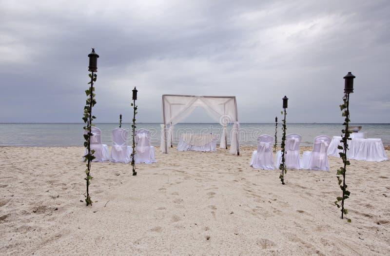 Strandhochzeit Gazebo im Freien stockbild