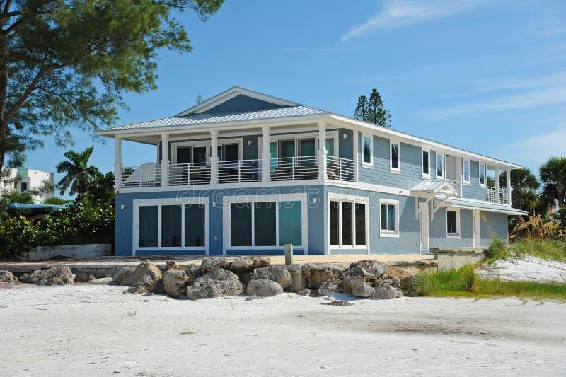 Strandhuis stock afbeelding