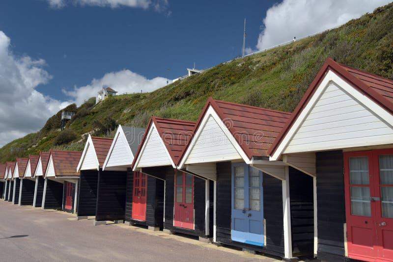 Strandkojor på promenad, Bournemouth arkivbilder