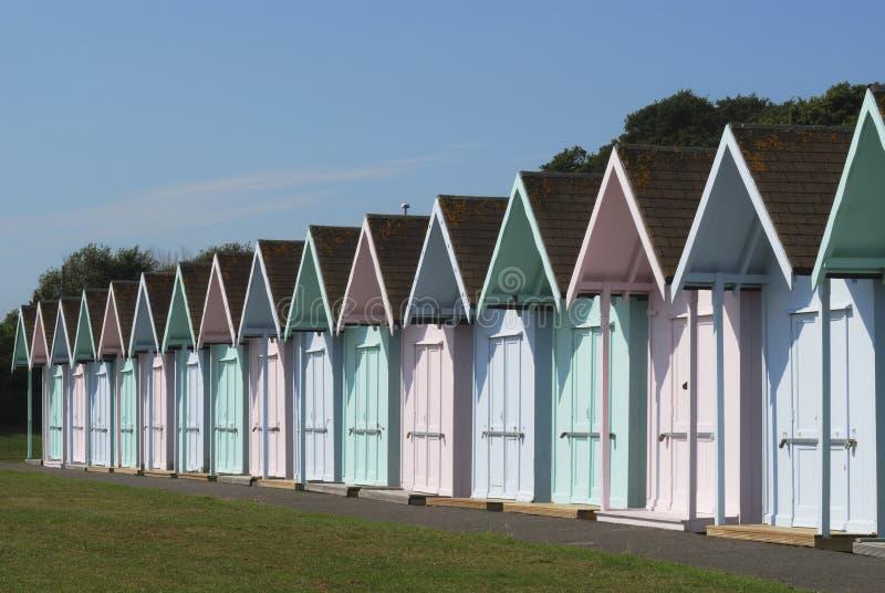 Strandkojor på Southsea. Hampshire. UK royaltyfria foton