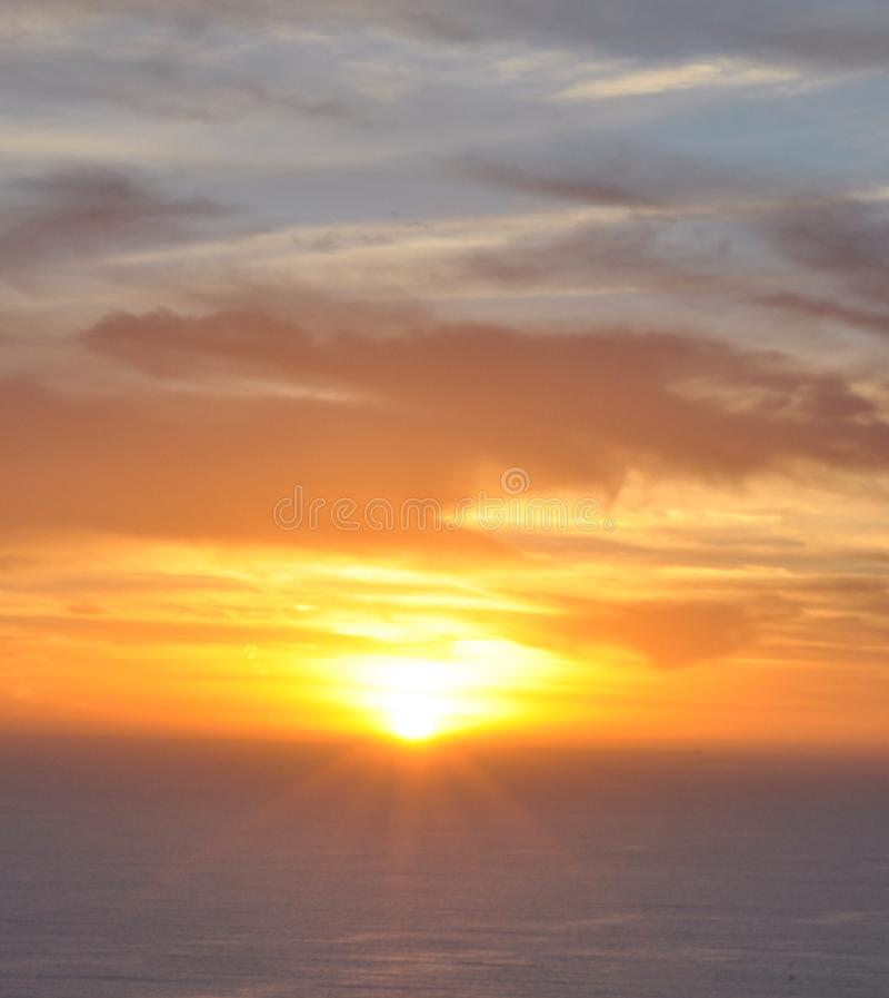 strandlaguna solnedgång royaltyfria bilder