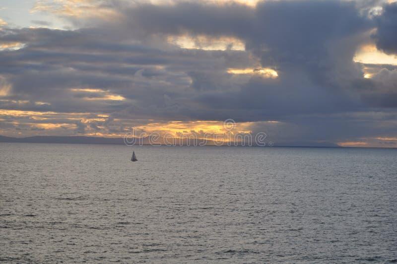 strandlaguna solnedgång fotografering för bildbyråer