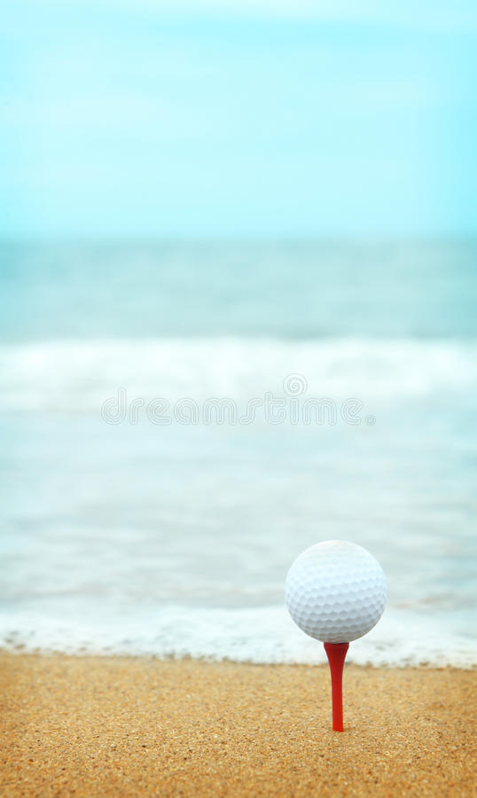 Strandnahes Golf lizenzfreies stockfoto