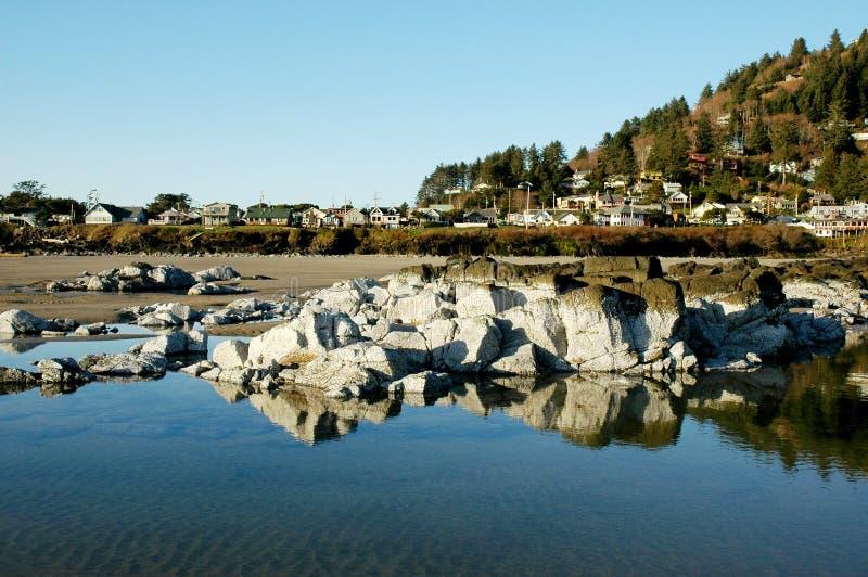 strandoregon town arkivbild