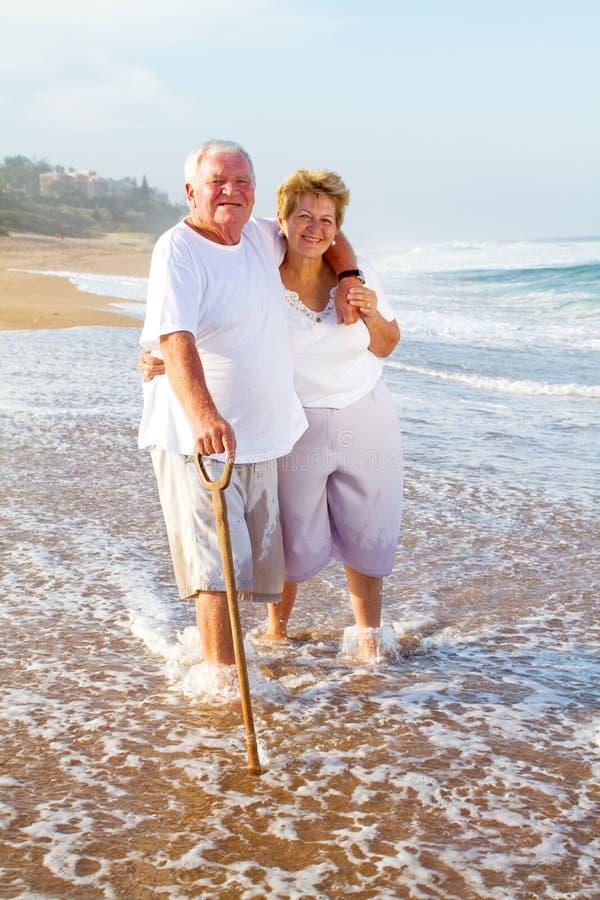 strandparpensionär royaltyfri bild