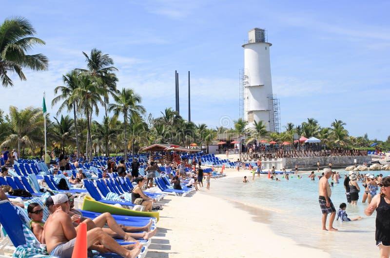 Strandplats, storslagen stigbygelCay, Bahamas royaltyfria foton