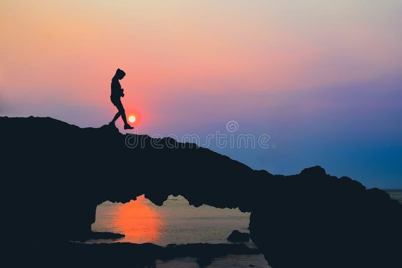 Strandrots, Zonsondergang op Ly Zoon, Vietnam royalty-vrije stock foto's