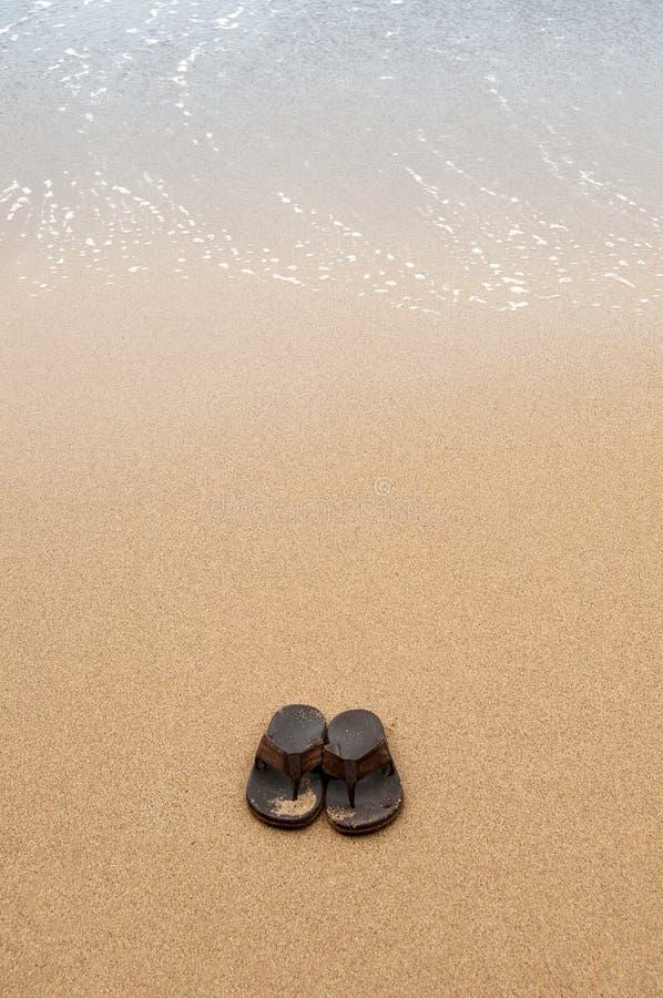 strandsandals arkivfoto