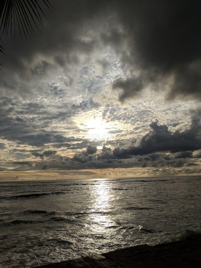 Strandsikt & x28; Oahu Hawaii& x29; arkivfoto