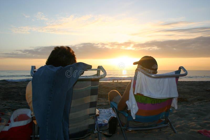 Download Strandsolnedgång fotografering för bildbyråer. Bild av soluppgång - 31447
