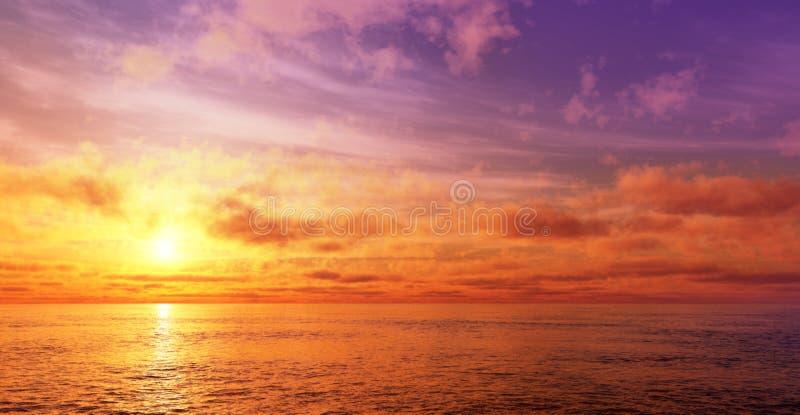 strandsolnedgång arkivfoton