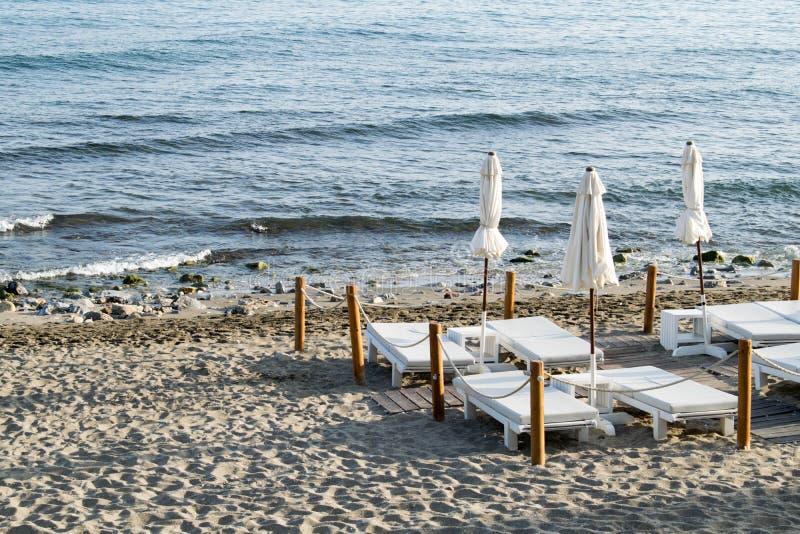 Strandunderlag på stranden arkivfoton