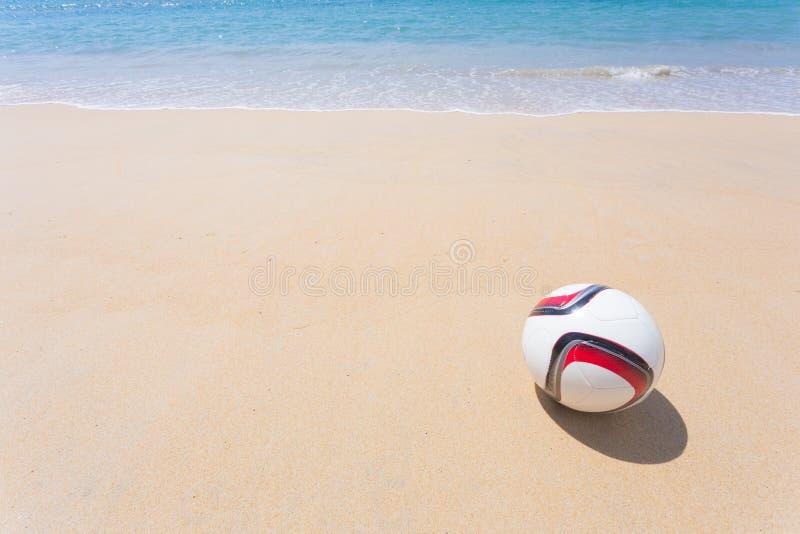 Strandvoetbal royalty-vrije stock afbeelding