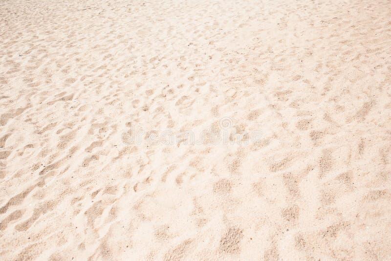 Strandzand als achtergrond Witte Zandige textuur royalty-vrije stock afbeeldingen