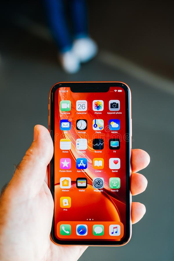 New Iphone Xs Max With All Home Apps White Background