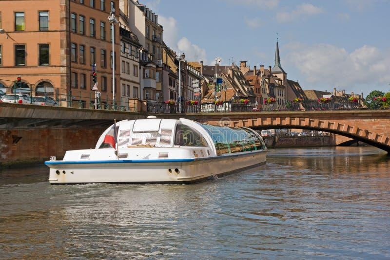 Strasbourg Frankrike med färgrik arkitektur fotografering för bildbyråer