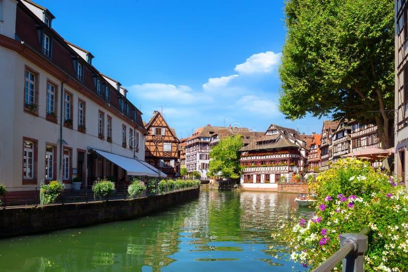 Strasburg domy na rzece zdjęcie royalty free