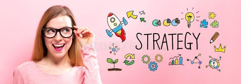 Strategi med den lyckliga unga kvinnan arkivbild