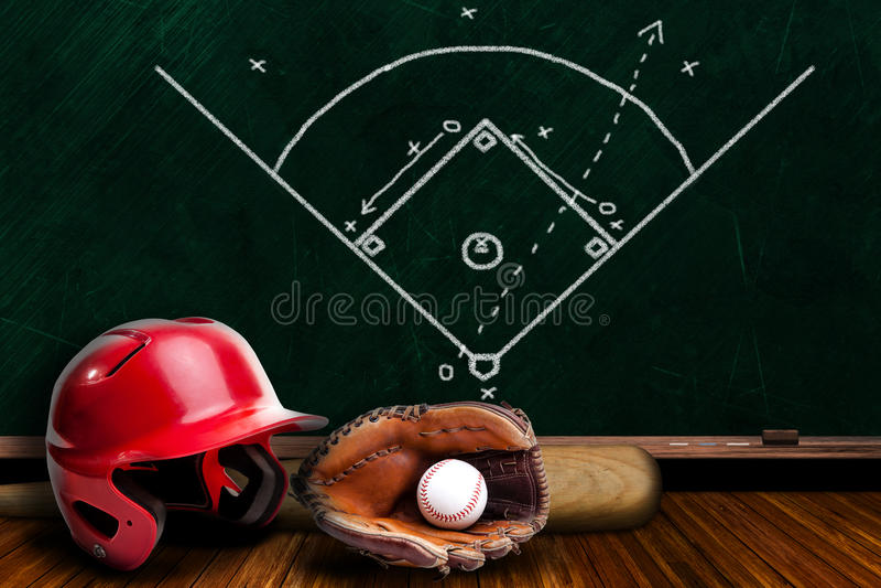 Strategia del gioco dell'attrezzatura di baseball e del bordo di gesso fotografie stock libere da diritti