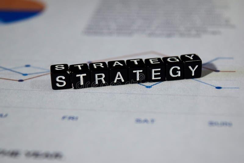 Strategia na drewnianych blokach Biznesowy proces planowania rozwiązania pojęcie zdjęcia stock
