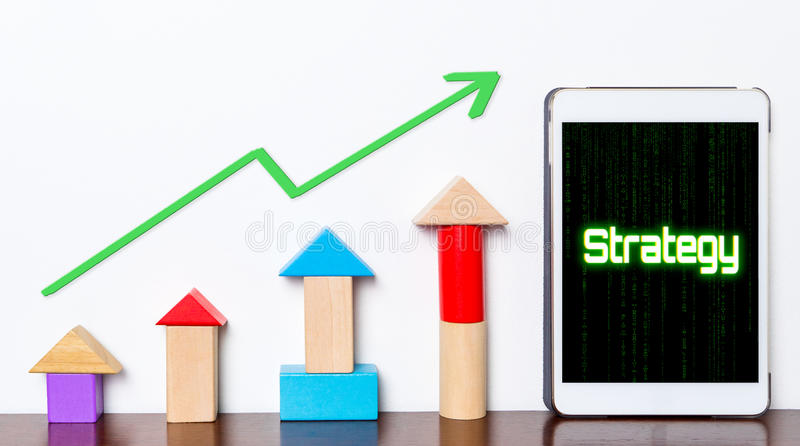 Strategie Bedrijfssucces groeiend concept op tablet royalty-vrije stock afbeelding