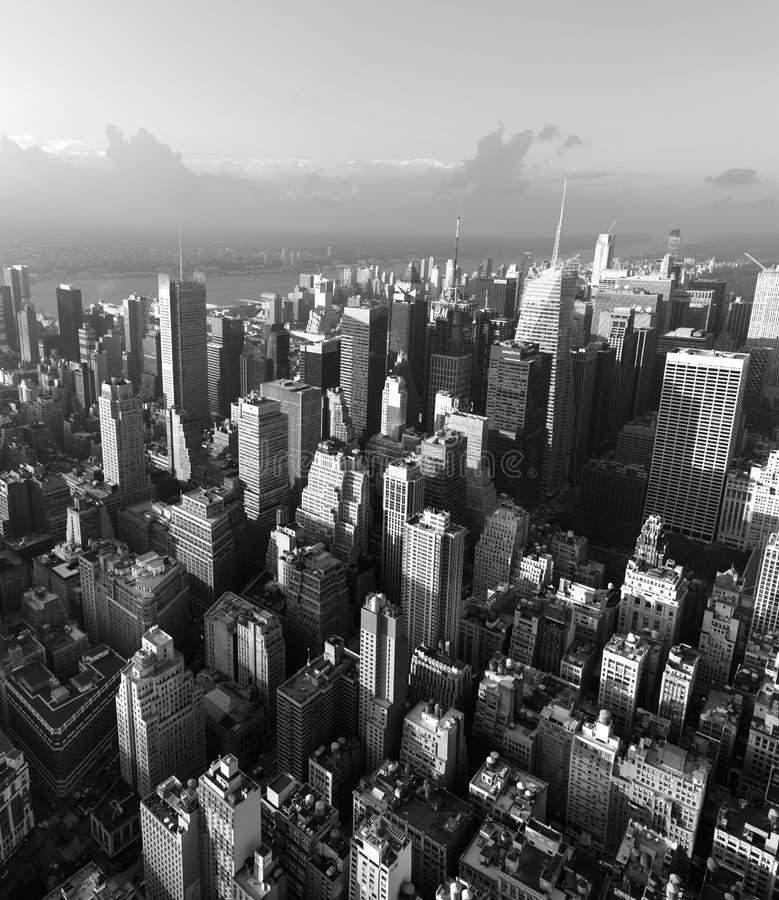 Straten en daken van Manhattan royalty-vrije stock afbeeldingen
