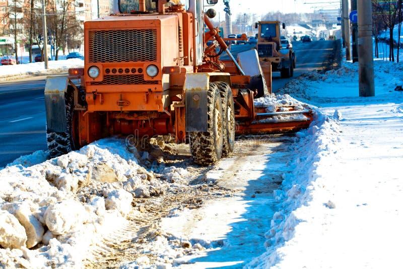 Straten van de de schraper de schoonmakende stad van de weg royalty-vrije stock foto