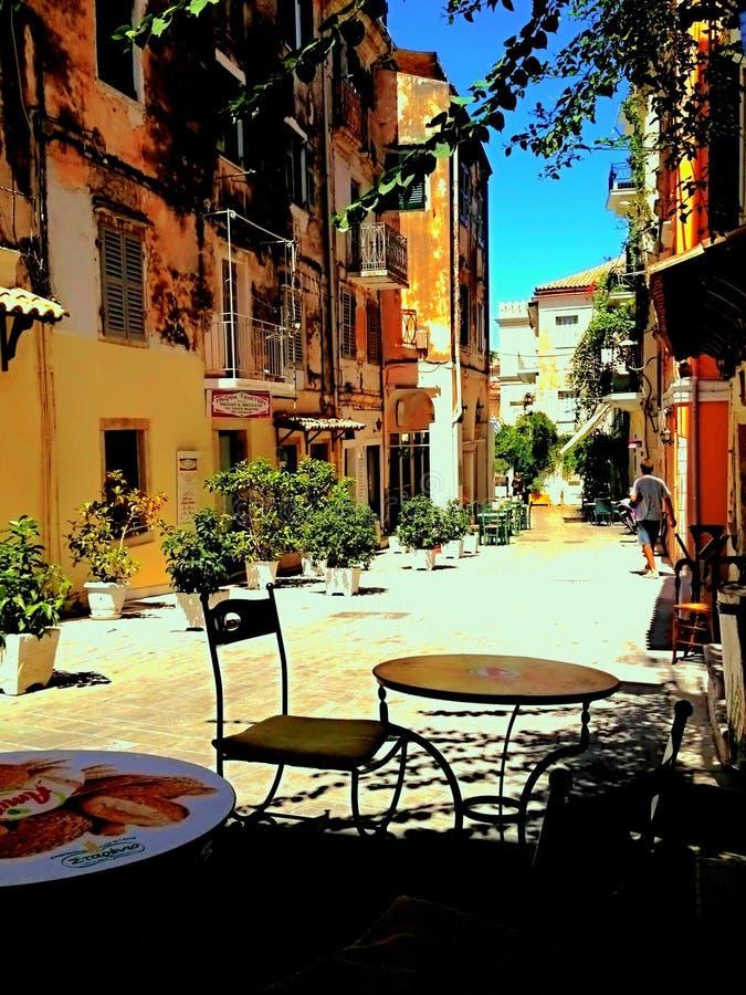 Straten van Korfu stock foto's