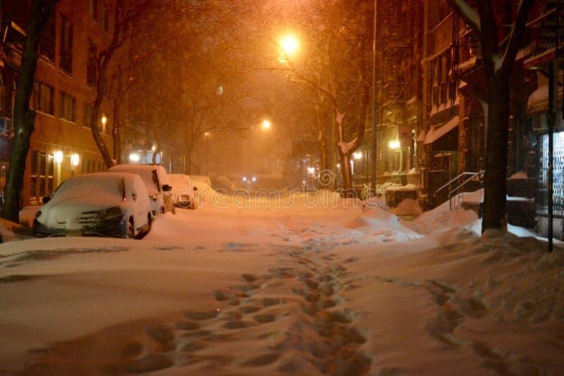 Straten van New York tijdens sneeuwblizzard royalty-vrije stock afbeelding