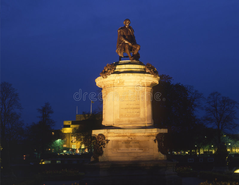 stratford de statue de shakespeare images stock