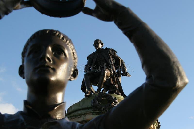 Stratford, die Shakespeare-Statue stockbild
