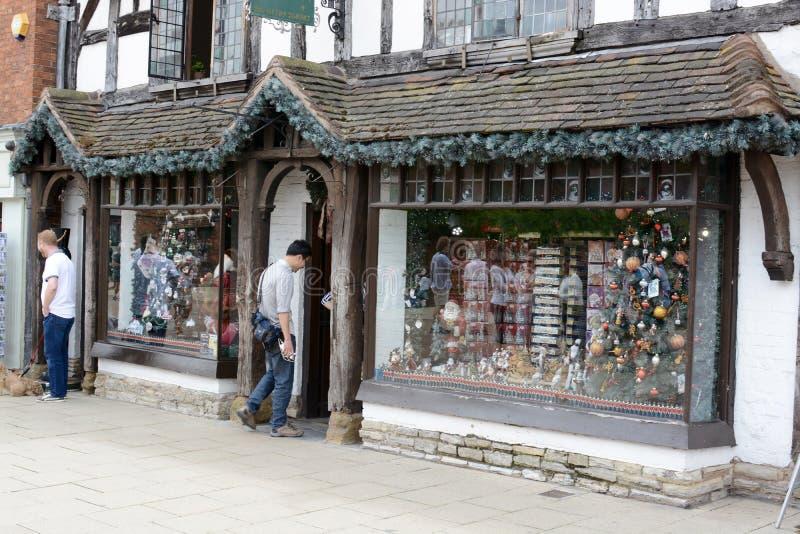 Stratford op Kerstmisopslag van Avon stock foto's