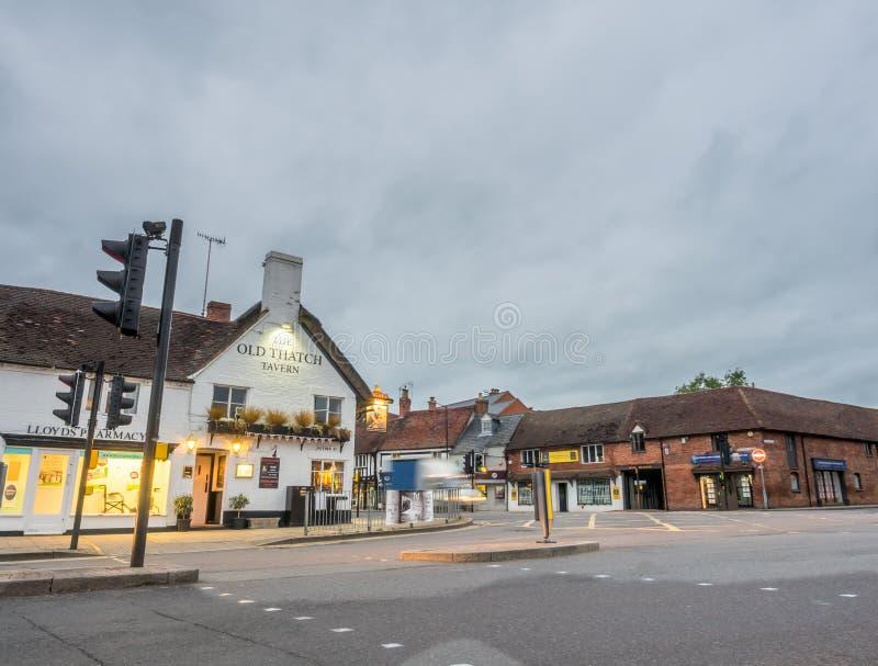 Stratford-Stadtszene unter Dämmerungshimmel lizenzfreies stockfoto