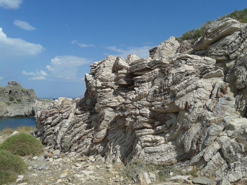 stratified rock royaltyfria bilder