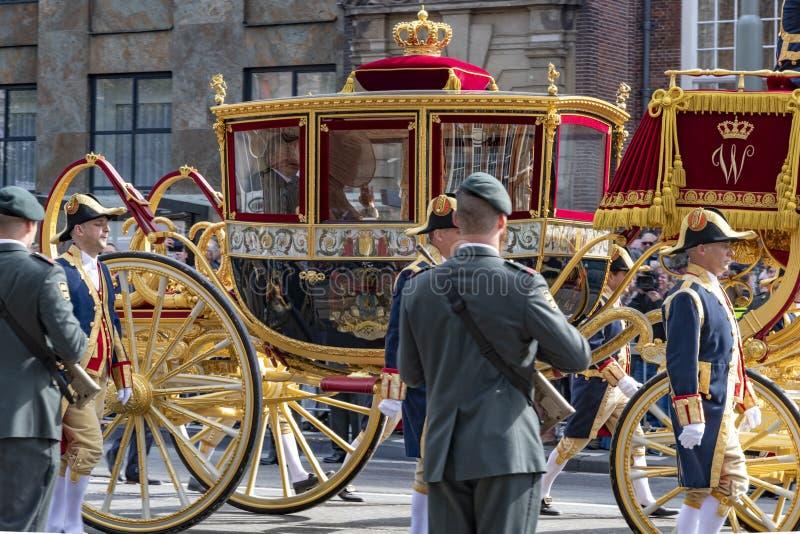 Strato dorato di Alexander il re dei Paesi Bassi fotografia stock libera da diritti