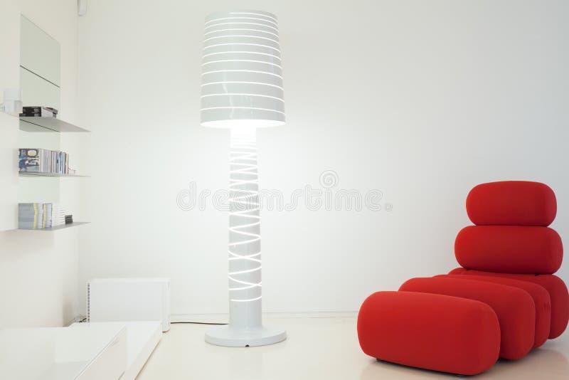 Strato e lampada progettati fotografia stock