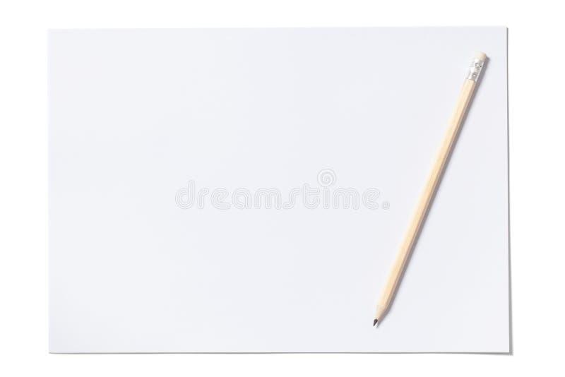 Strato e matita bianchi con il percorso di ritaglio immagine stock