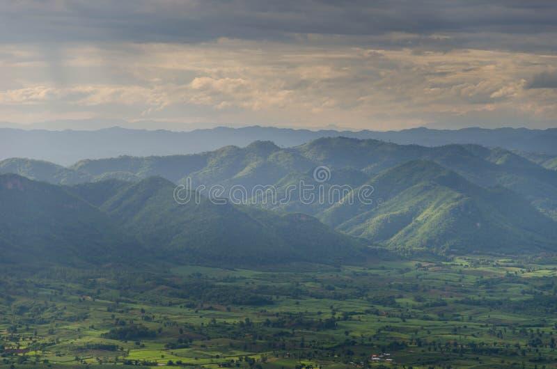 Strato fantastico della montagna fotografie stock libere da diritti