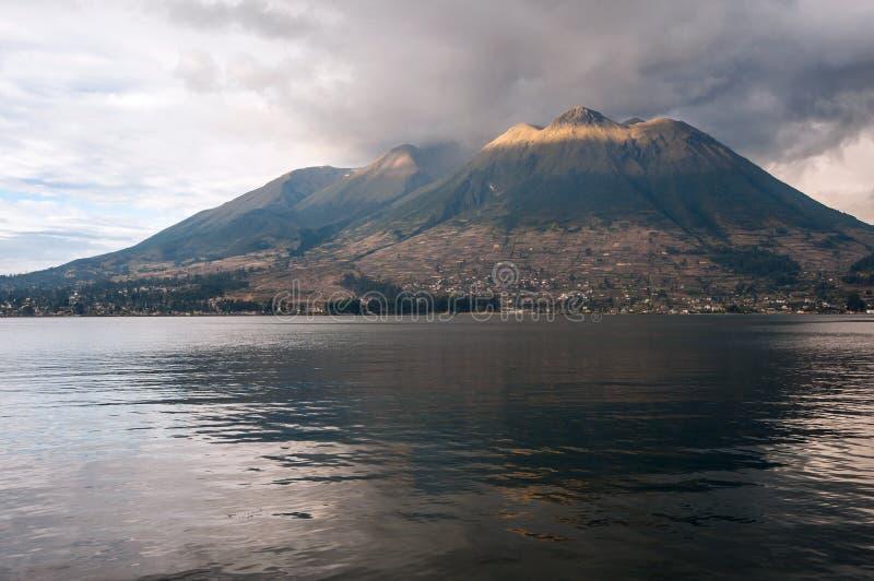 Stratovolcano d'Imbabura en Equateur du nord image stock