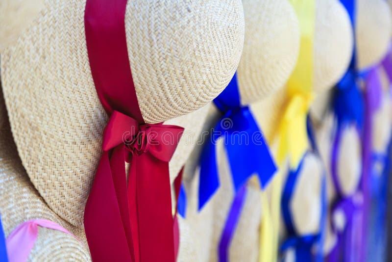 Straw Hats för kvinnor arkivbild