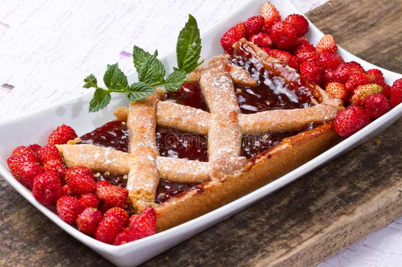Download Strawberries tart stock photo. Image of berry, delicious - 20410576