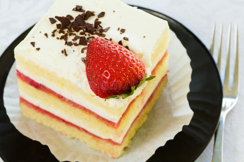 Download Strawberry Cake Stock Photography - Image: 15699502
