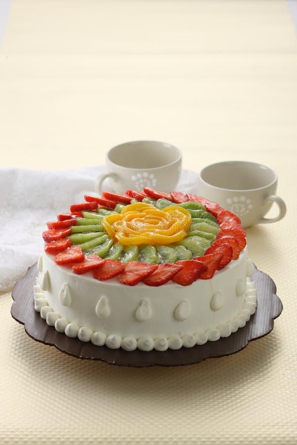 Download Strawberry cake stock image. Image of decoration, fresh - 19449317